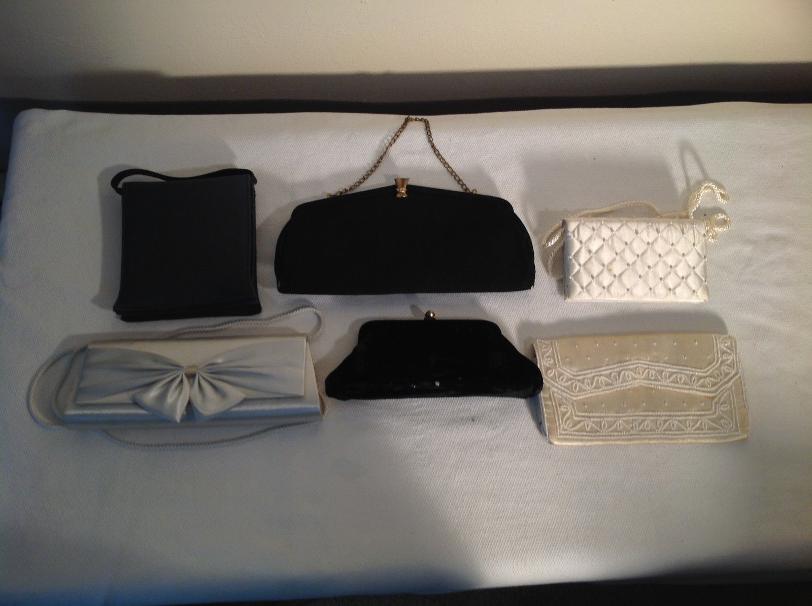 Lot of 6 womens clutches purses