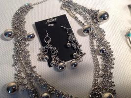 Set of 3 Dangling Jewellery Piece - Necklace, Earrings, Bracelet image 4