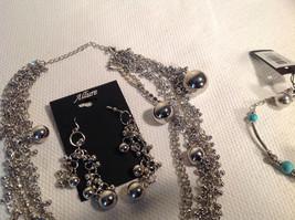 Set of 3 Dangling Jewellery Piece - Necklace, Earrings, Bracelet image 5