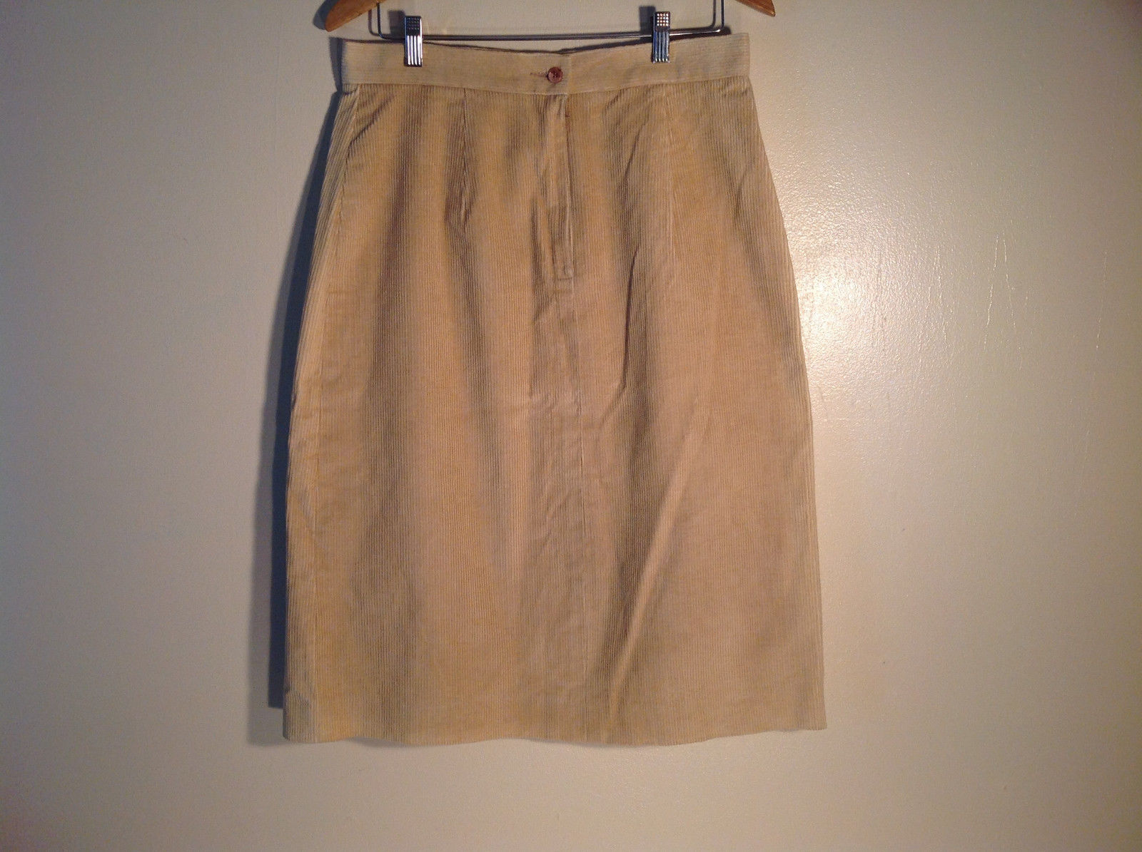 Womens Beige Corduroy Skirt Great Condition