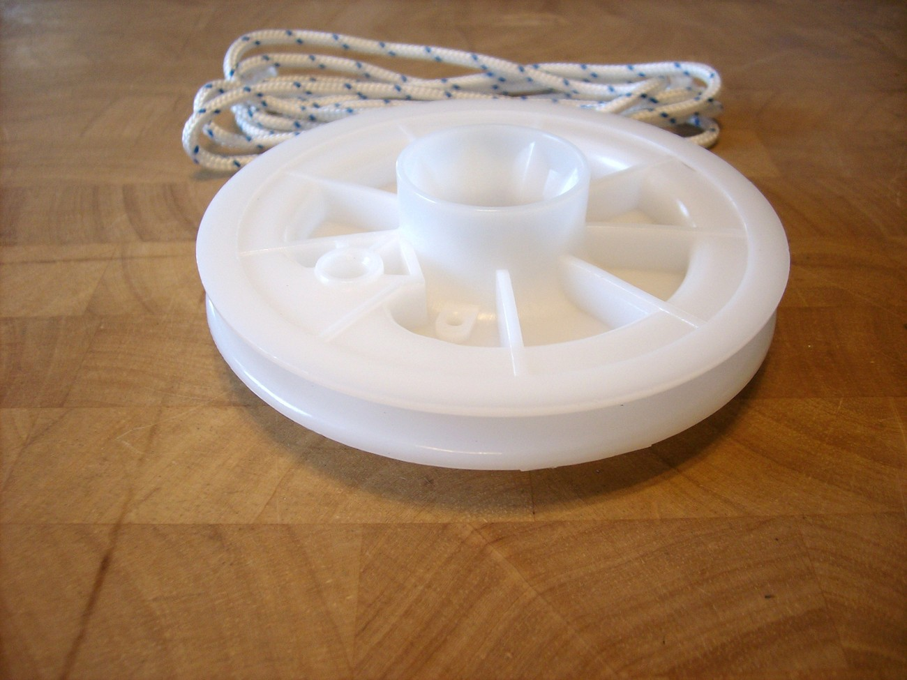 John Deere starter pulley & pull rope 2HP thru 4HP PT11016