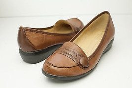 Naturalizer 6.5 Brown Flats Women's Shoes - $53.00 CAD