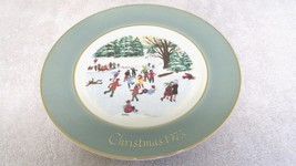 Avon Christmas Plate - 1975 - Skaters On The Pond - $5.99