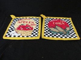Quilted Potholders Handmade Lined with Insulbrite - Apples and Corn - $6.99