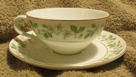 Nice Vintage Fine China Garland Pattern 8672 Cup And Saucer X 4 Made In ... - $14.99