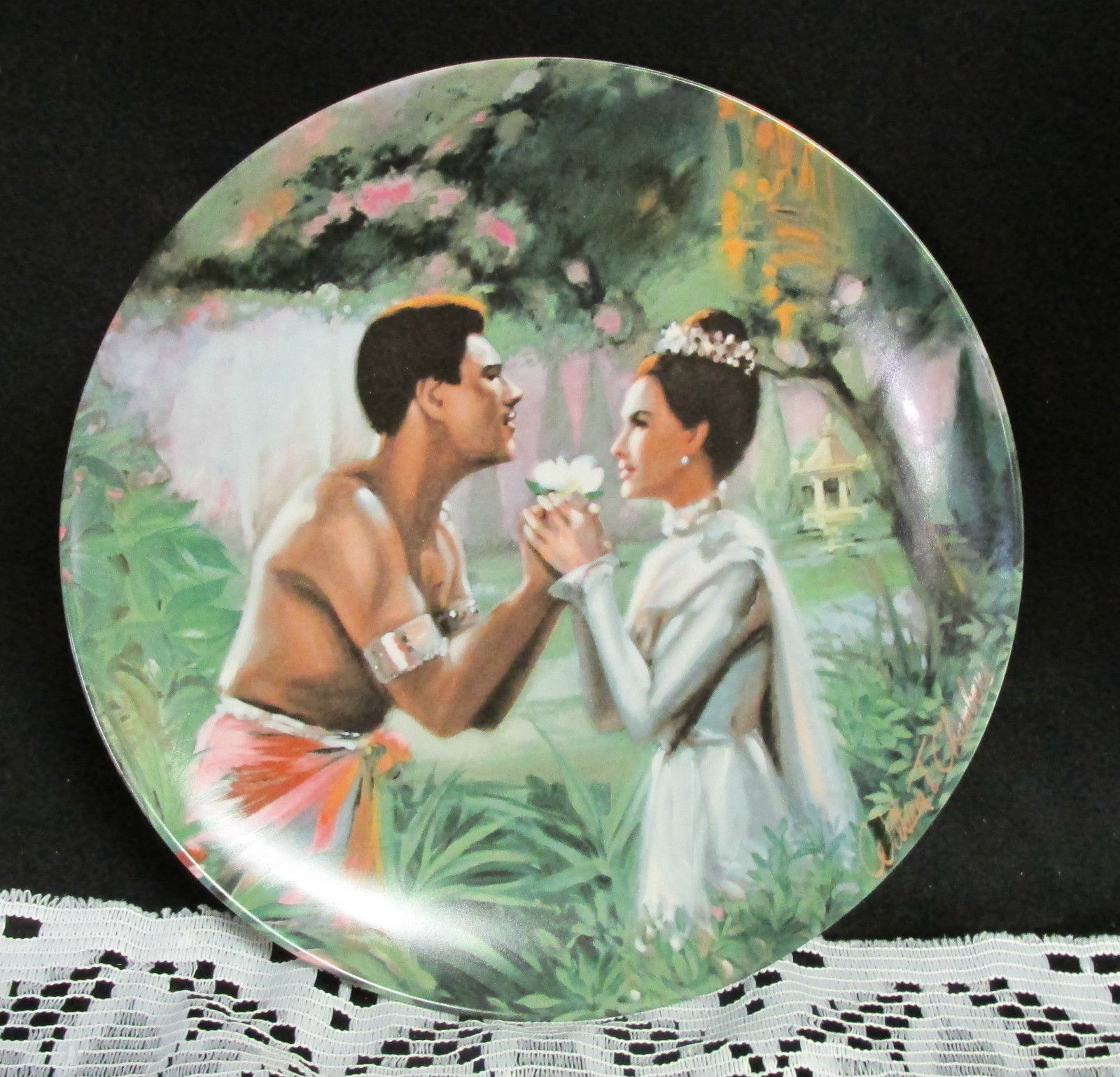 "Knowels ""We Kiss In The Shadow"" Collectors Plate from The King And I"