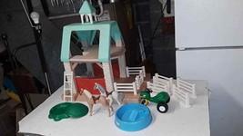 Vintage Little Tikes Huge Playset Stable Barn Horses Fence Sandbox Pool ... - $76.25