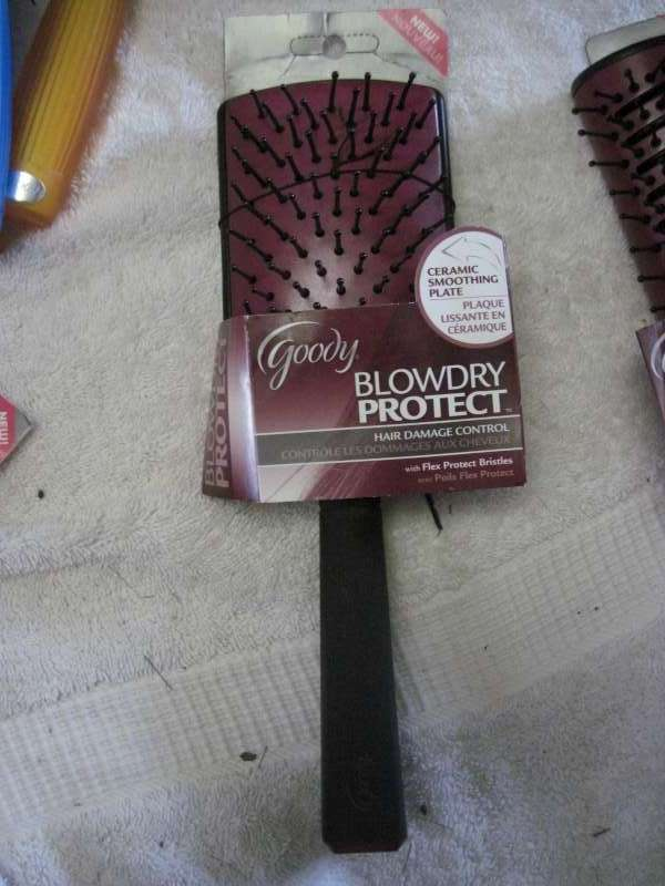 Goody Blow Dry Protect Large Ceramic Smoothing Plate Flex Bristles Hair Brush Ma