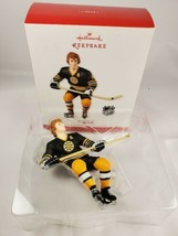 2013 Hallmark Ornament ~ Bobby Orr #4 NHL Boston Bruins Hockey QXI2262  - $19.75