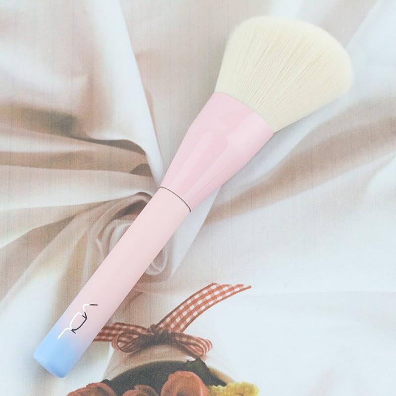 [VDL] 2016 VDL + Pantone Powder Brush - Korean Cosmetics Makeup Brush