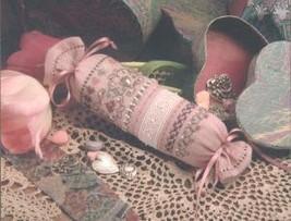 Antique Heart Roll needleroll kit cross stitch Shepherd's Bush - $12.00