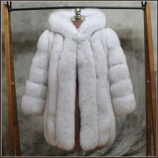 Long Full Pelt Hooded Snow White Fox Faux Fur with Long Sleeves Luxury Fur Coat