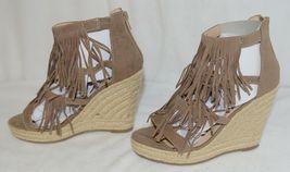 BF Betani Shiloh 8 Stone Fringe Wedge Heel Sandals Size 7 image 4
