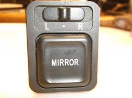 03-04-05 Honda Pilot Power Door Mirror SWITCH/CONTROL/W/O Heated Mirror - $16.83