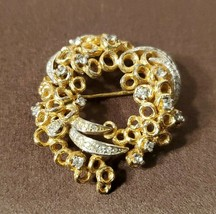 VINTAGE PANETTA WREATH OF GOLDEN RINGS PIN BROOCH - $49.95