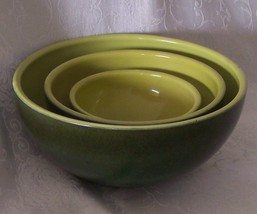 Hull Mixing Bowls B-1 Rare Set of 3 Crescent Kitchen Bowls Chartreuse Gr... - $179.98