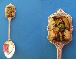 HUMMEL Souvenir Collector Spoon CHILDREN Under UMBRELLA  Collectible KIDS - $7.95