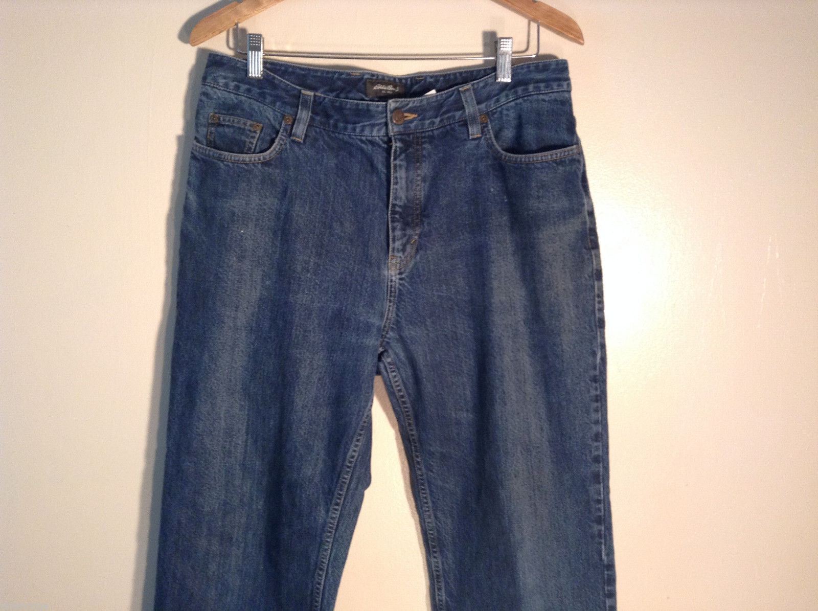 Womens Eddie Bauer Size 14 Natural Fit Jeans 100% cotton good condition