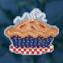 American Pie Autumn Harvest 2016 seasonal ornam... - $6.75