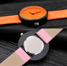 Round Simple Fashion Watches Canvas Belt Unisex Casual Wristwatch Box image 2