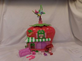 STRAWBERRY SHORTCAKE BERRY house CAFE  PLAYSET 2008 w/Twirling Bird + Ac... - $16.43