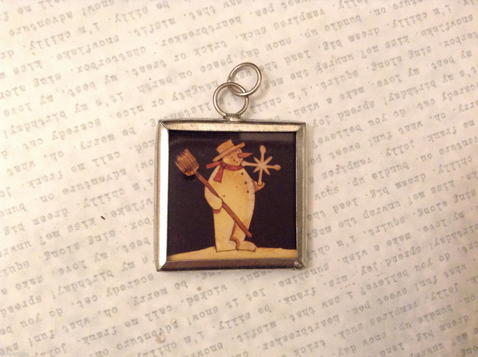 2 sided charm tag in metal frame vintage style -Snowman w. broom /Snowman w.tree