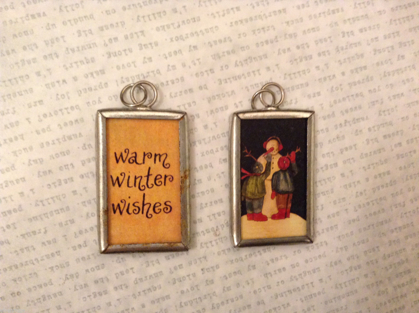 2 sided charm tag in metal frame vintage style - Warm winter wish/Kids w.snowman