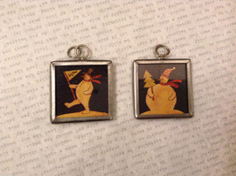 2 sided charm tag in metal frame vintage style - Marching Snowman / Snowman