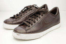 Nike 9.5 Brown Sneakers Men's Shoes - $38.00