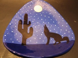 TerWare Large Hand Painted Plate Howling Wolves Moon Cactus Starry Sky - $29.02