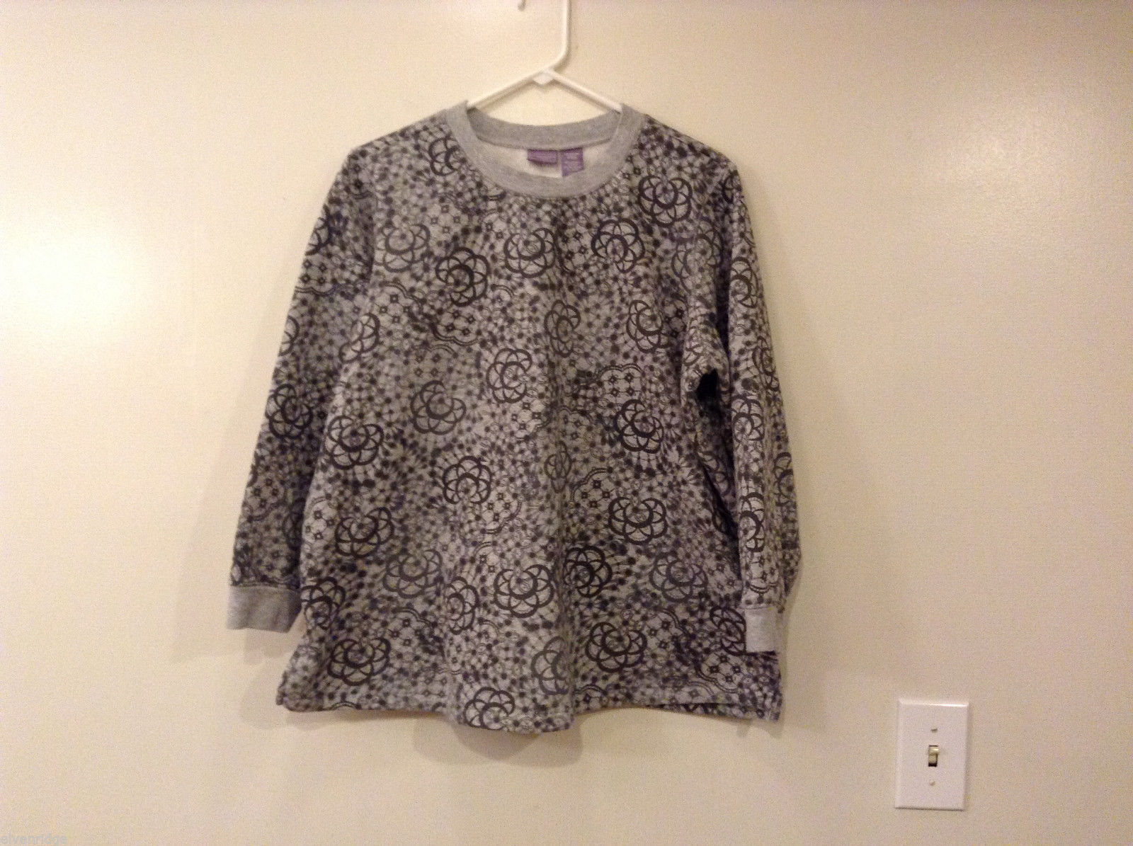 Laura Scott Woman Gray Abstract Floral Print Sweater Sweatshirt, size 16/18W