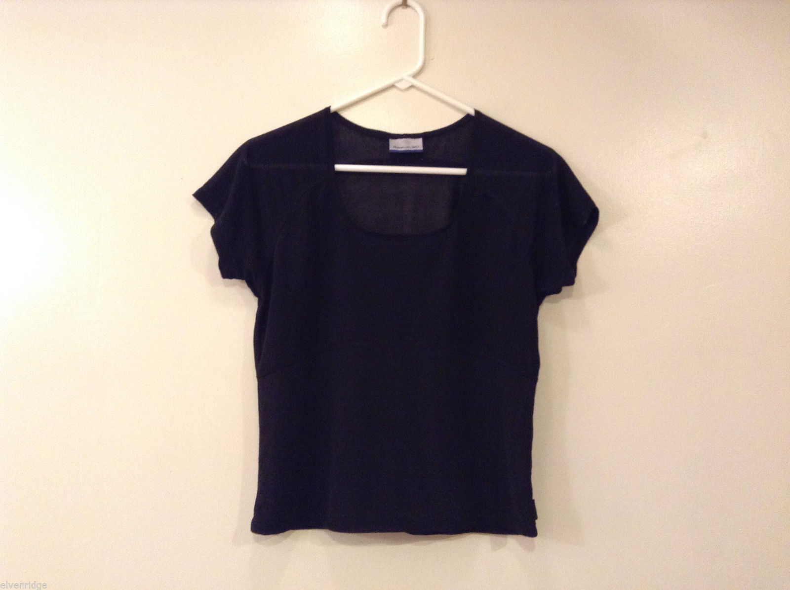Ladies Reebok Black two tone T-Shirt Blouse, Size M (No tag, see measurements)