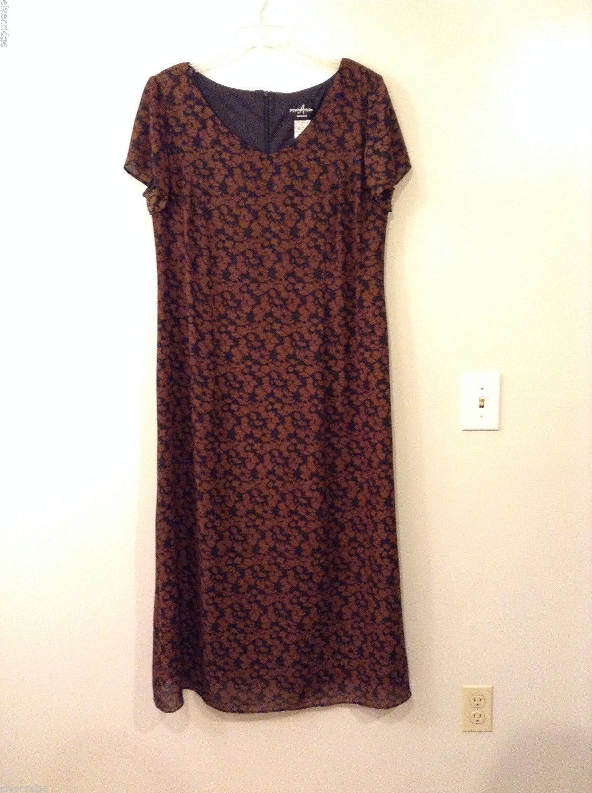 Positive Attitude Black with Brown Flowers V-neck 100% Polyester Dress, size 14