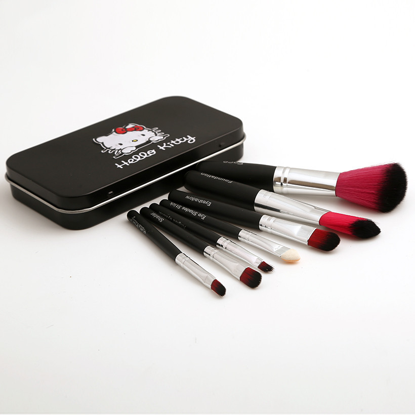 Hello Kitty 7-Piece Brushes Travel Size Makeup Brush Set