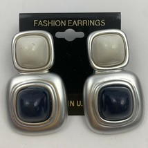 Vintage Chunky Mod Plastic Dangle Earrings NOS Silver Tone White Blue Ca... - $11.84