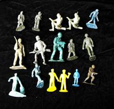 Vintage Toy Soldier Play Set Figure Lot Green Army Men Tim-Mee Marx +Vin... - $16.99