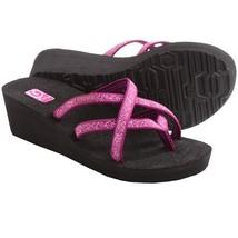 Women's Teva Mush Mandalyn 2 Deep Fleur Magenta  Flip Flops Size 8 - $28.98