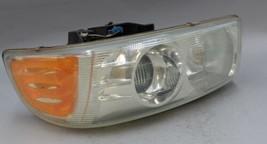 99 00 01 02 03 04 05 06 Gmc Yukon Denali Left Driver Side Headlight Oem - $74.24