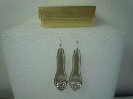 Oneida Leyland 1910 Earrings Silverplate - $35.63