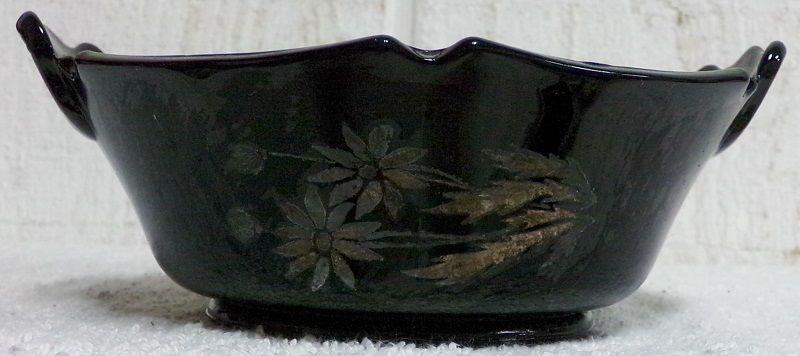 """Mt Pleasant Black Amethyst 6 Sided Handled 6"""" Bowl Daisy Flower Smith Glass - $29.99"""