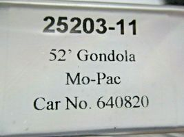 Trainworx Stock # 25203-08 to -12 Mo-Pac Buzz Saw 52' Gondola N-Scale image 8