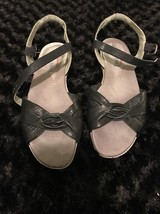 Easy Spirit open Toe Sling back black sandals size 7.5 - $9.49