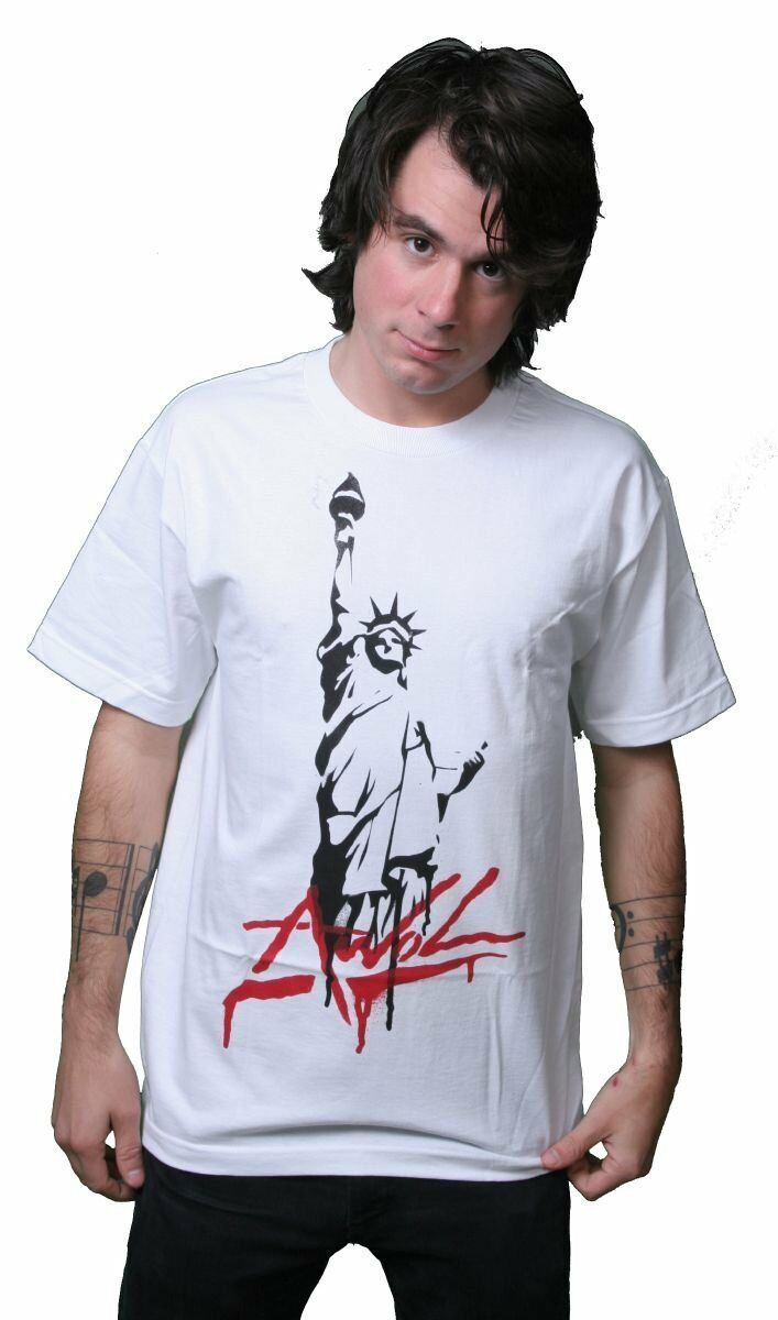 Rogue Status AWOL Statue of Liberty White T-Shirt Size: S