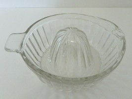 Glass Reamer Citrus Juicer Tab Handle and Spout to Pour Clear Ribbed - $14.73
