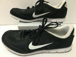 NIKE Women's black athletic Running shoes size 7 - $37.99