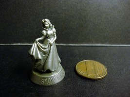 Princess Snow White 1 Silver Color Toy Figure 7-Eleven Hong Kong  - $5.90