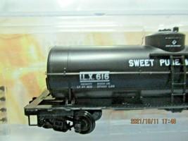 Micro-Trains Stock # 06500206 Sweet Pure Molasses 29' Tank Car N-Scale image 2
