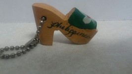 Vintage WOODEN SHOE with Green Flower PHILIPPINES SOUVENIR  KEY CHAIN - $9.89