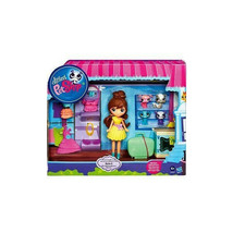 My Littlest Petshop Travel Trendy Blythe & Pet Pack - $39.59