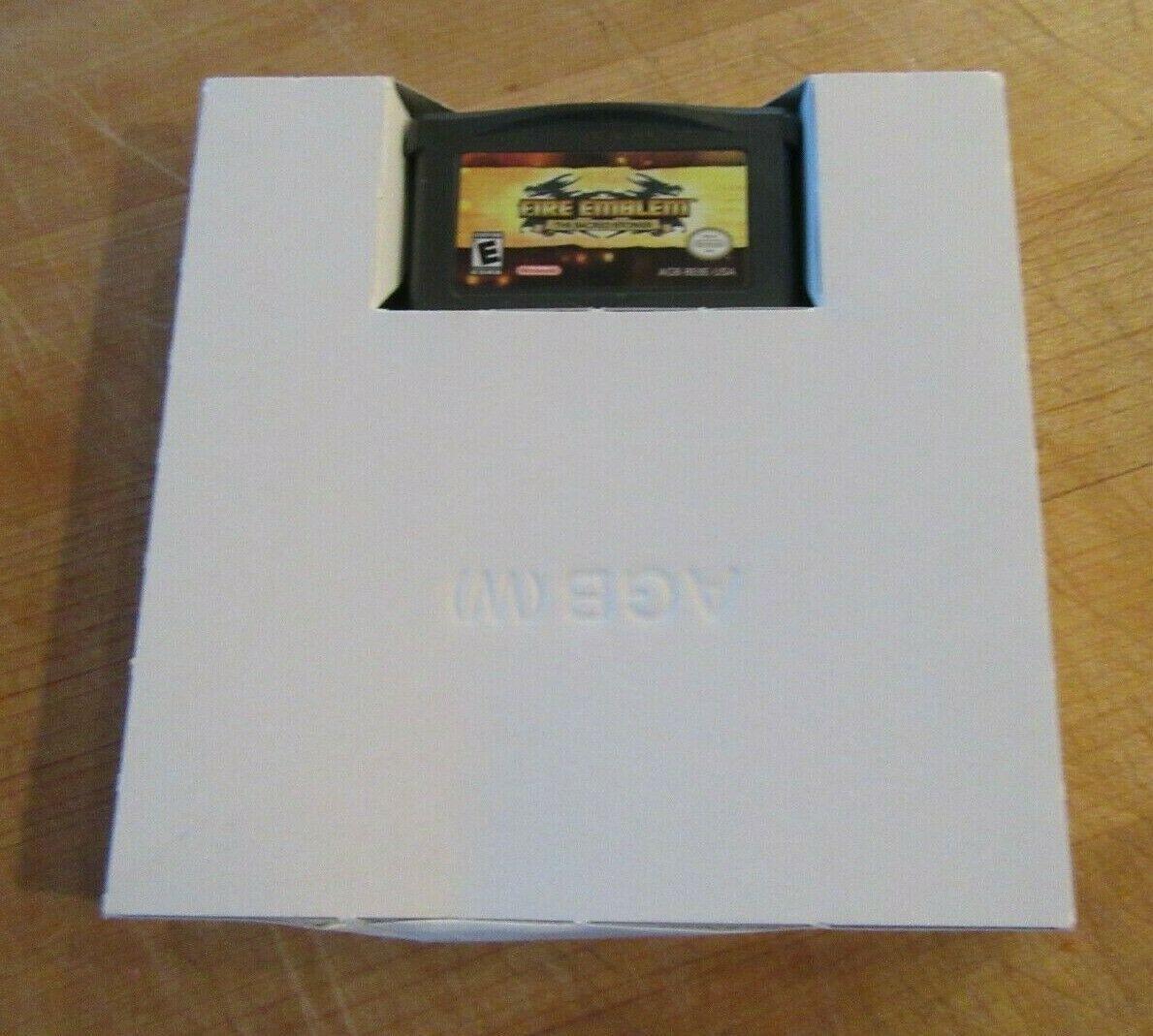 Fire Emblem: The Sacred Stones (Nintendo Game Boy Advance, 2005) image 4